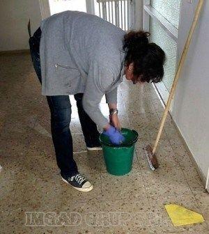 caut loc de muncă ca femeie de serviciu în iași)