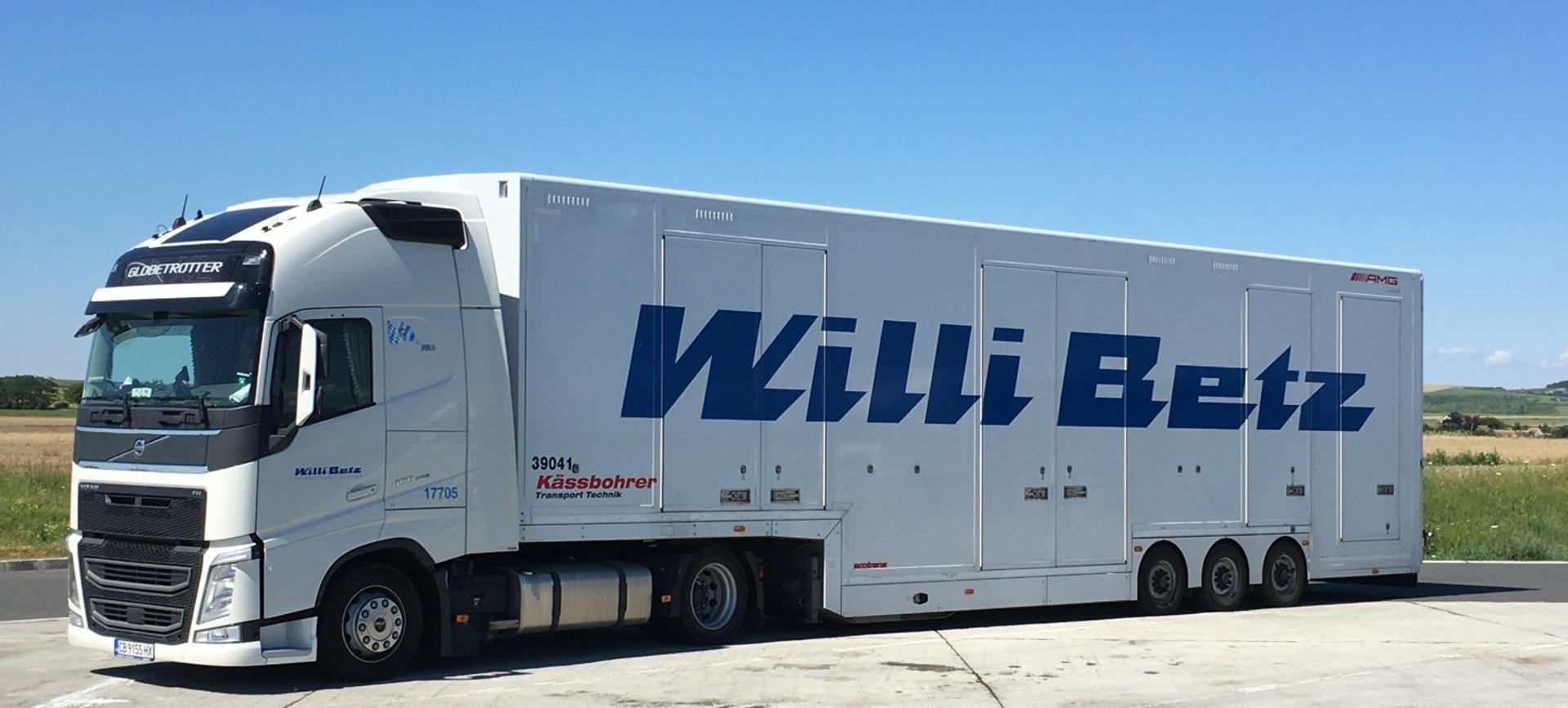Fahrzeugtransporter201